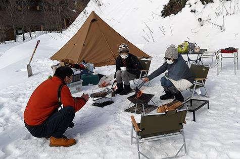 雪中キャンプ(冬キャンプ)の写真